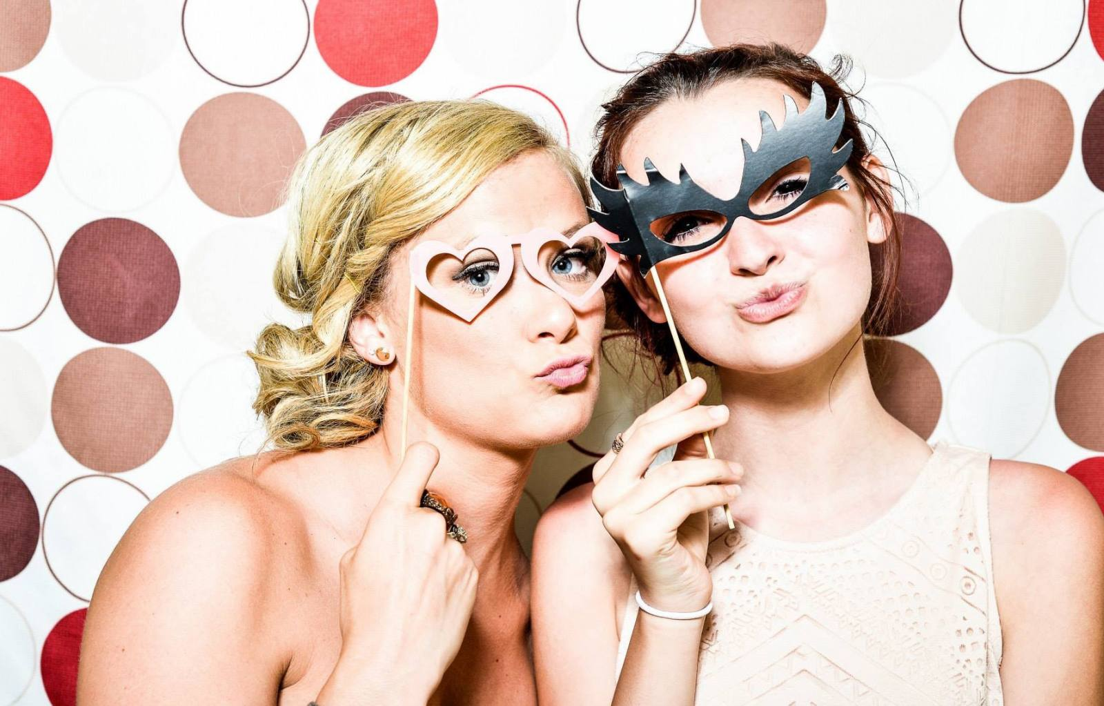 photobooth with accessories